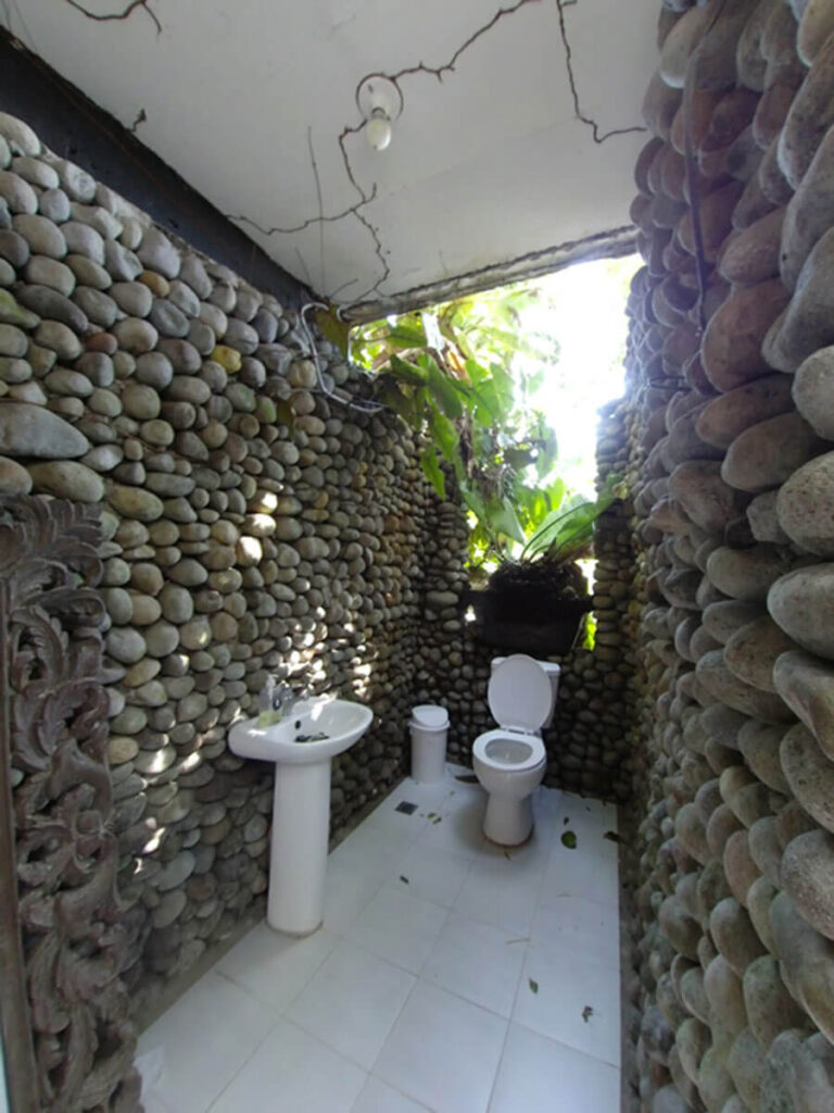 Garden inspired washroom
